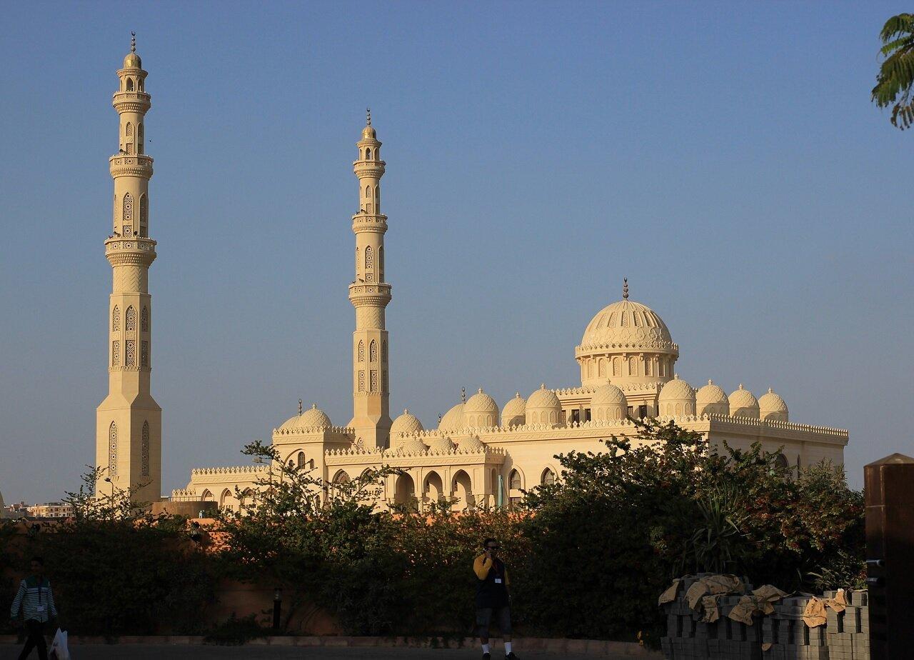 zabytkowy meczet w Hurghadzie